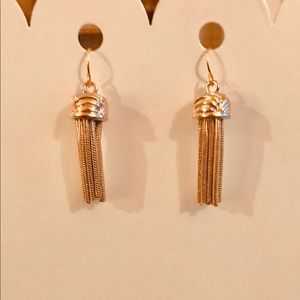 Jewelry - Gold Cap With Dangling Rope Drop Fashion Earrings